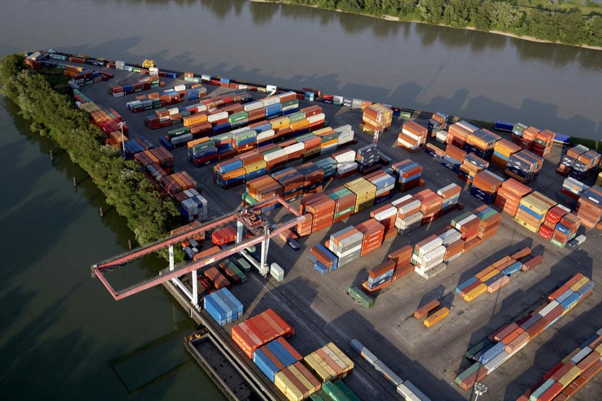 Port du Rhin à Strasbourg - Canal d'Alsace - Bassin Haelling (photo Frantisek Zvardon)